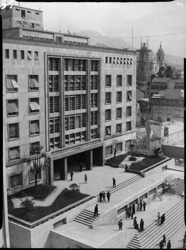 Palacio de comunicaciones, Foto Sady González
