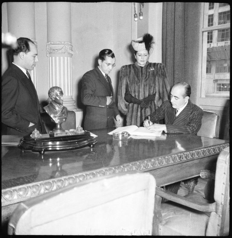 Posesión Fernando Mazuera Villegas