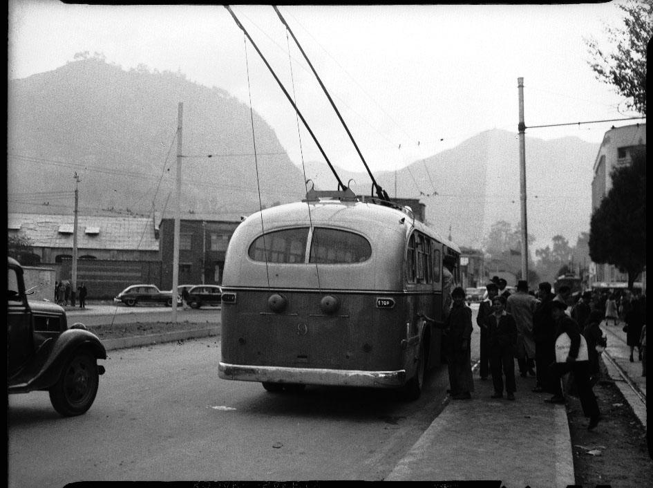 Trolley Bus de la Empresa de Tranvías Municipales de Bogotá