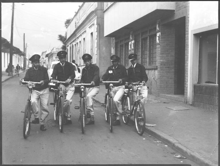 Administración Postal Nacional agilizó la entrega de sus encomiendas por medio del uso de la bicicleta